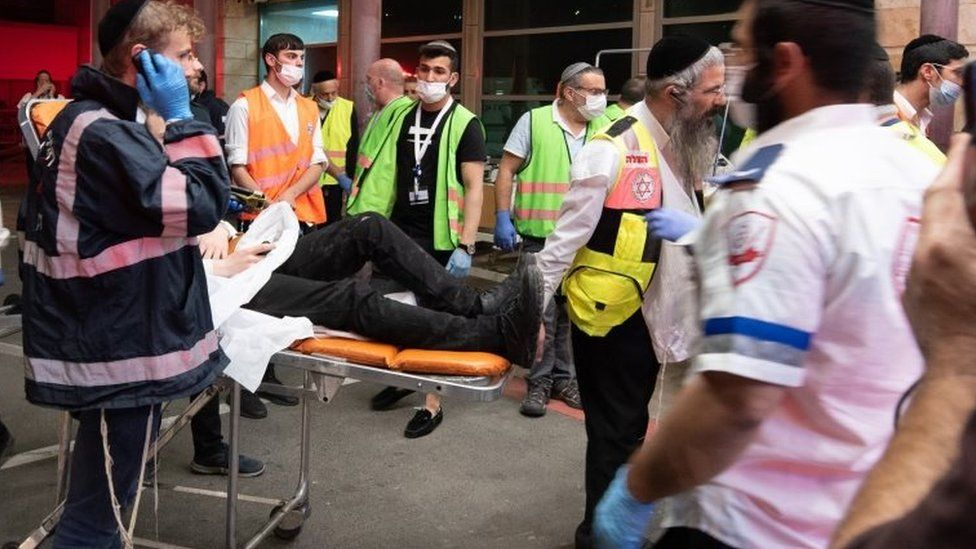 Israel crush: Witnesses tell of people thrown up in the air